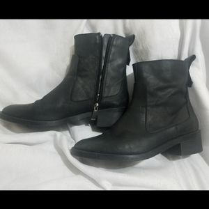 Zara Booties Size 37 (6.5) Black